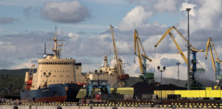 Russia aims for year-round shipping on the Northern Sea Route in 2022 or 2023
