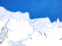 Scientists found a surprisingly large crack in some of the Arctic's thickest ice last spring